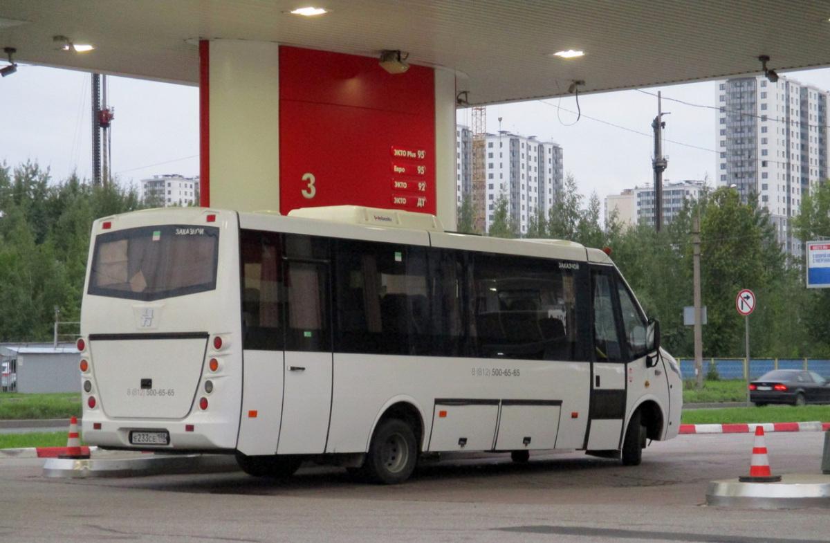 Санкт-Петербург. Неман-420234-511 е233се